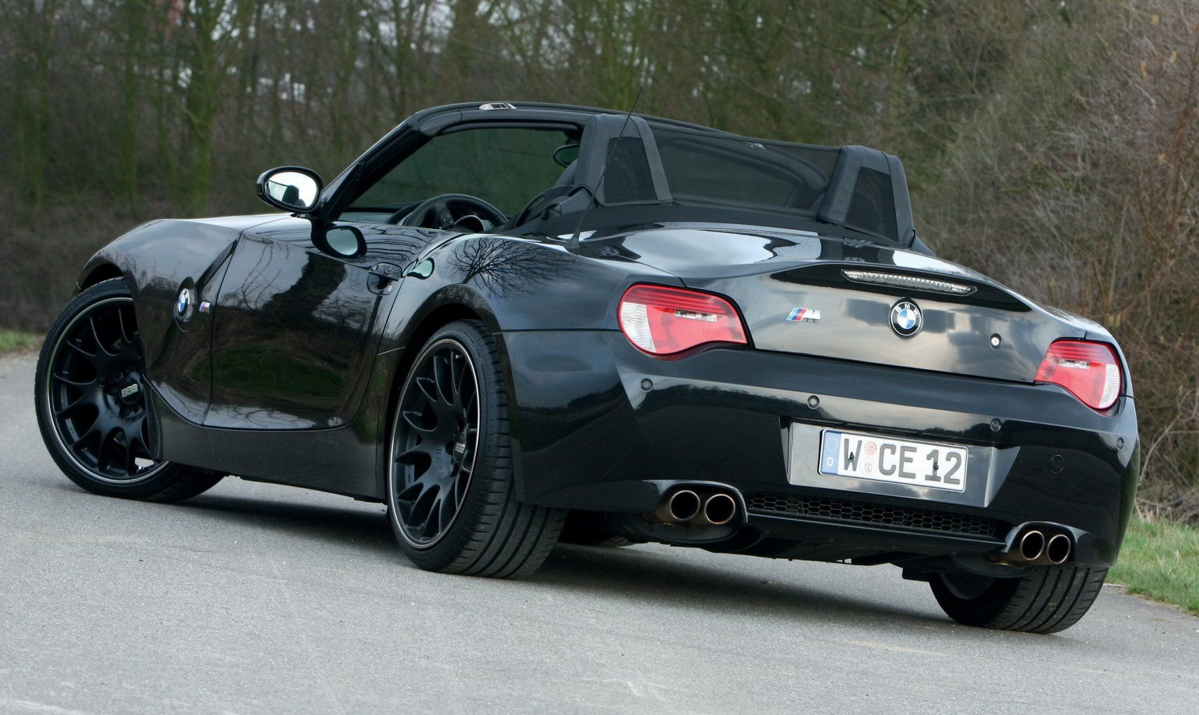 Bmw Z4 V10 By Manhart Racing Only Cars And Cars