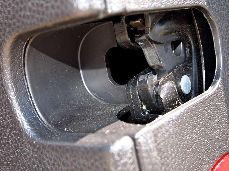 Help Barn Doors Will Not Pop Open North American Motoring